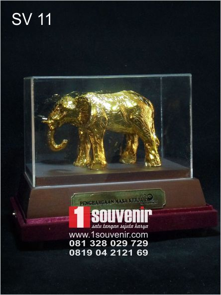 souvenir perusahaan